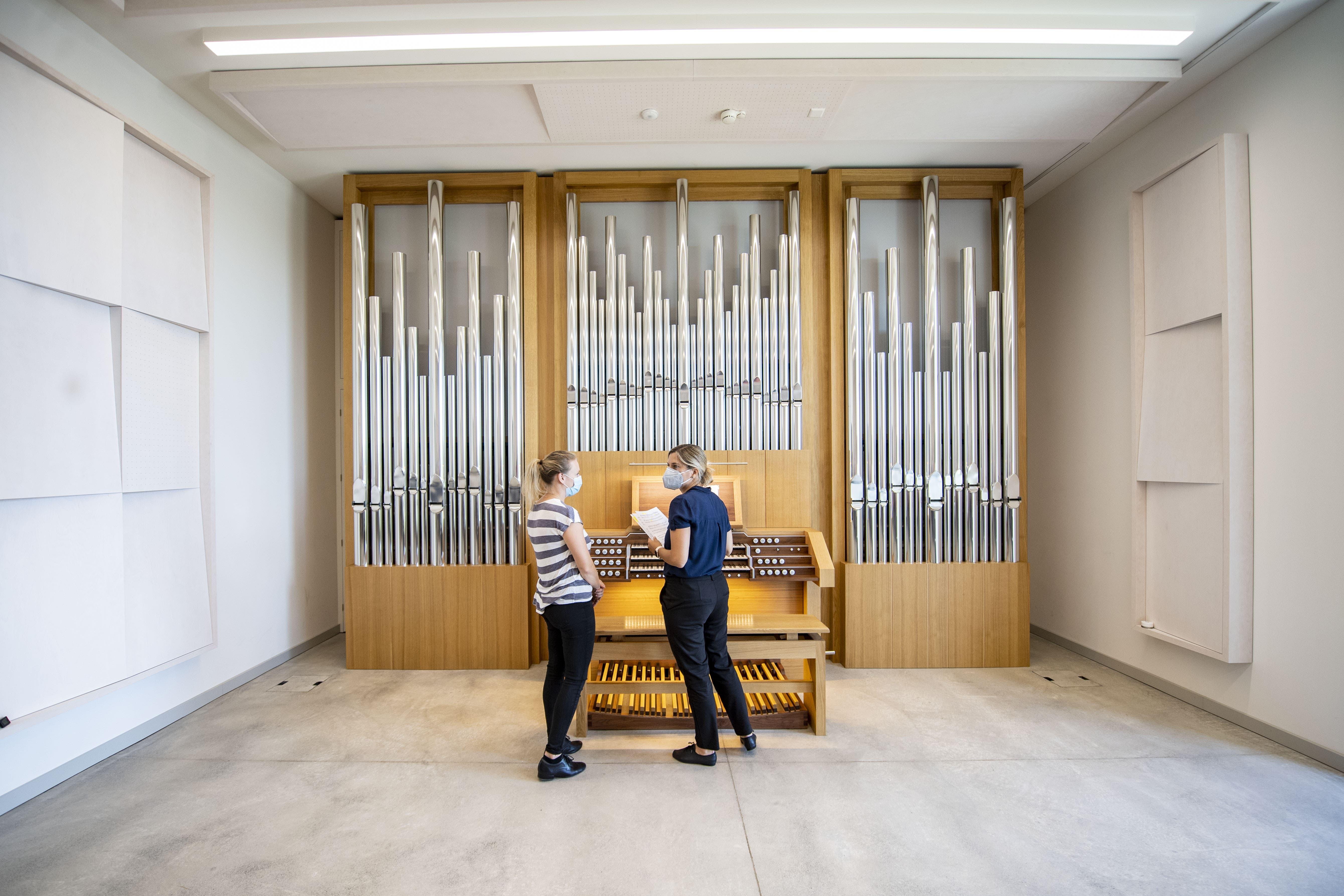 Ein Orgelzimmer im neuen Gebäude der Hochschule Luzern Musik.