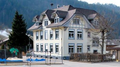 Das Schulhaus Wiggen im gleichnamigen Dorfteil der Gemeinde Escholzmatt-Marbach. (Archivbild: Luzerner Zeitung)