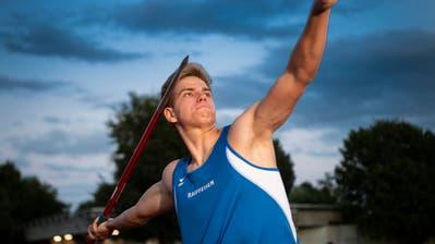 Der Speerwerfer Joel Gasser gehört zu den grössten Talenten des KTV Wil Leichtathletik. Seine Bestleistung liegt bei 53,43 Metern. (Bilder: Ralph Ribi)