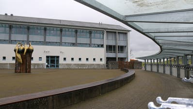 Das Sekundarschulzentrum Ägelsee in Wilen. ((Bild: Hans Suter))