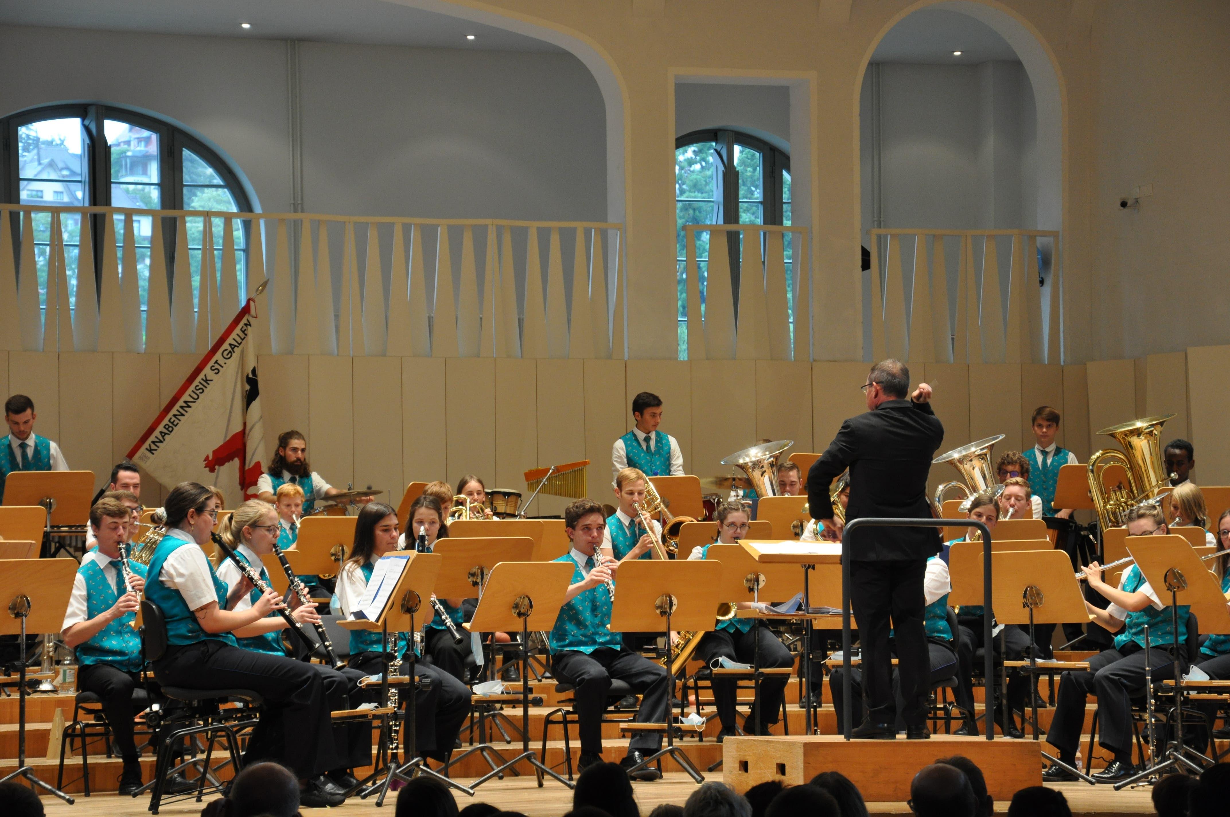 Das Blasorchester in Aktion.