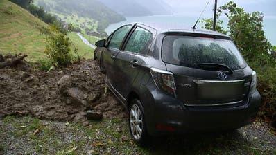 Erdrutsch in Ennetbürgen beschädigt Auto