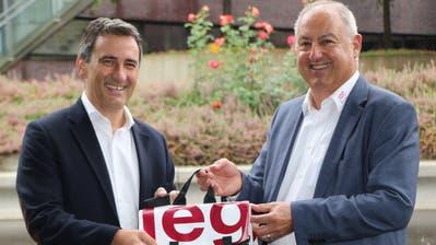 Laurent Prince (l.) und Interimsdirektor Urs Styger (r.) (Quelle: Schweizer Paraplegiker Vereinigung)