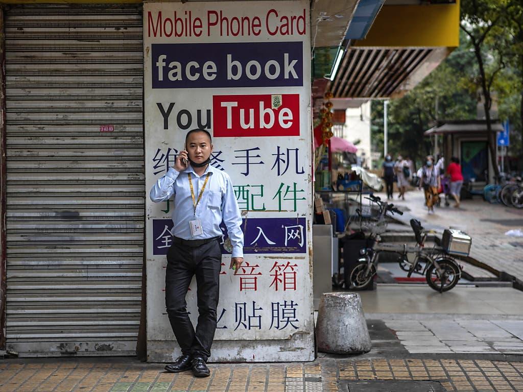 Google hat diverse Kanäle auf Youtube über China gelöscht.