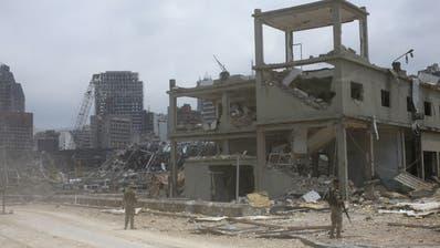In Beirut liegt der Grossteil der Stadt in Schutt und Asche. (Keystone)