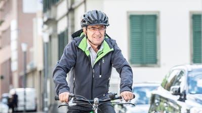 Franz Portmann ist fast immer mit dem Velo auf den Weinfelder Strassen unterwegs. Für mehr Sicherheit hat er eine Petition lanciert. (Bild: Andrea Stalder (Weinfelden, 31. August, 2020))
