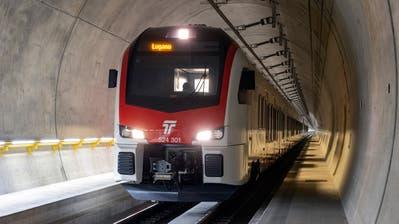 Noch verkehren die Züge testhalber durch den Ceneri-Basistunnel, das letzte Teilstück der Alpentransversale Neat. Aber bald rollen sie mit Passagieren durch die Röhre. (Dario Häusermann)