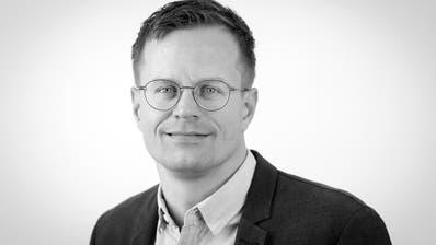 Christian Brägger, Sportredaktor (Hanspeter Schiess)