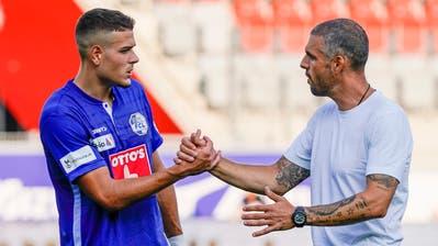 FCL-Trainer Celestini war sehr aktiv während dem Match und am Ende «zufrieden». (Bild: Martin Meienberger)