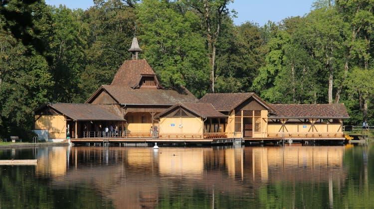Die im Winter 2019/20 sanierte St.GallerFrauenbadhütte am Chrüzweier auf Dreilinden. In den kommenden Monaten wird hier auch noch eine Wintersauna für alle eingebaut. (Bild: Reto Voneschen (13.9.2020))