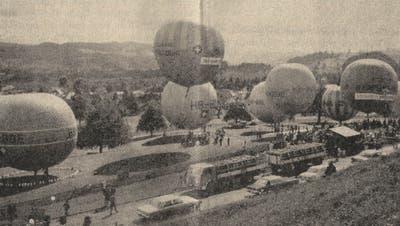 Ansicht des Startplatzes in Bazenheid. In der Mitte der Ballon «Edouard Spelterini» beim Abheben. (Bild: PD (14. September 1970))