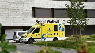 Als eines von vier Regionalspitälern muss das Spital Wattwil schliessen. (Bild: Ruben Schönenberger (29. Juni 2020))