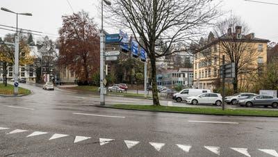 Hier am Platztor am Rand der Altstadt entsteht für 160 Millionen Franken der neue Campus der Universität.