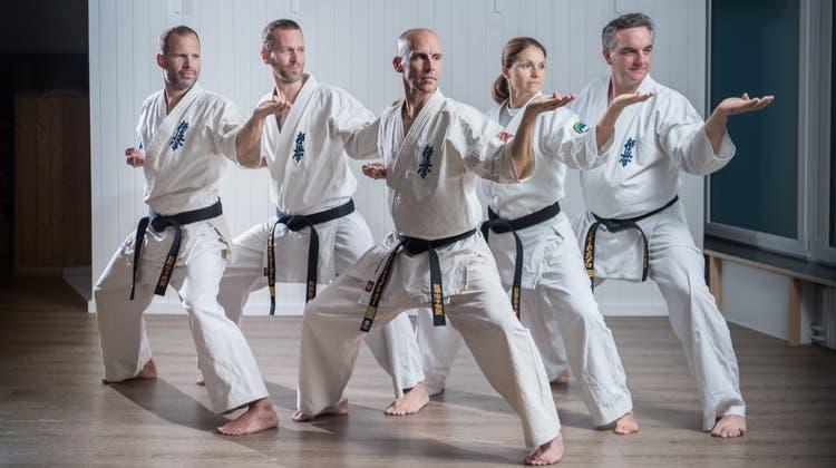 Die neuen Leiter, von links: Simon Birrer, Michel Estermann, André Emmenegger, Melania Garcia und Fabio Campanaro. (Bild: Pius Amrein (Kriens, 18. September 2020))