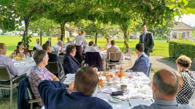 Die FDP Hünenberg debattierte am «Netzwerk-Zmittag». (Bild: PD)