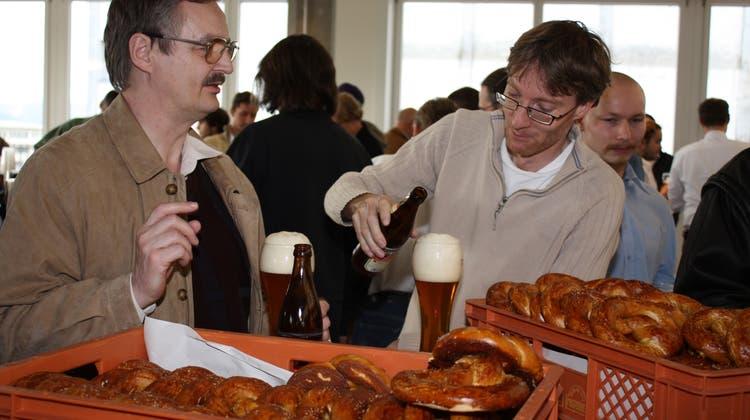 Wurst, Bretzel und Bier an der Merkurstrasse