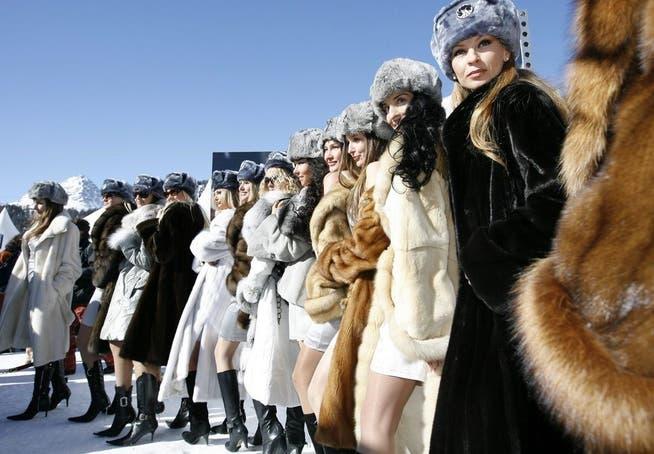 Frauen bilder russische Betrugsmasche Russische