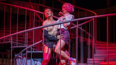 Drahtzieher der Verkleidungsintrigen: Eungkwang Lee in der Rolle des Figaro. (Probenbild: Ingo Höhn/PD)