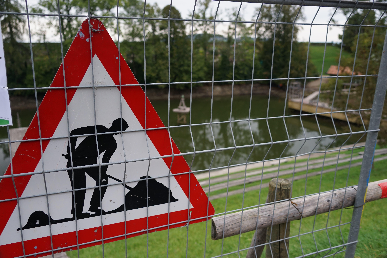 Wegen Bauarbeiten ist der Mannenweier bis im Februar abgesperrt.