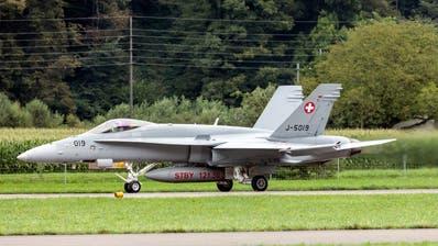 Die F/A-18-Flieger der Schweizer Armee sind in die Jahre gekommen. (Symbolbild) (Keystone)
