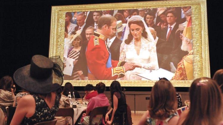 Basler verfolgen royale Hochzeit auf Grossleinwand