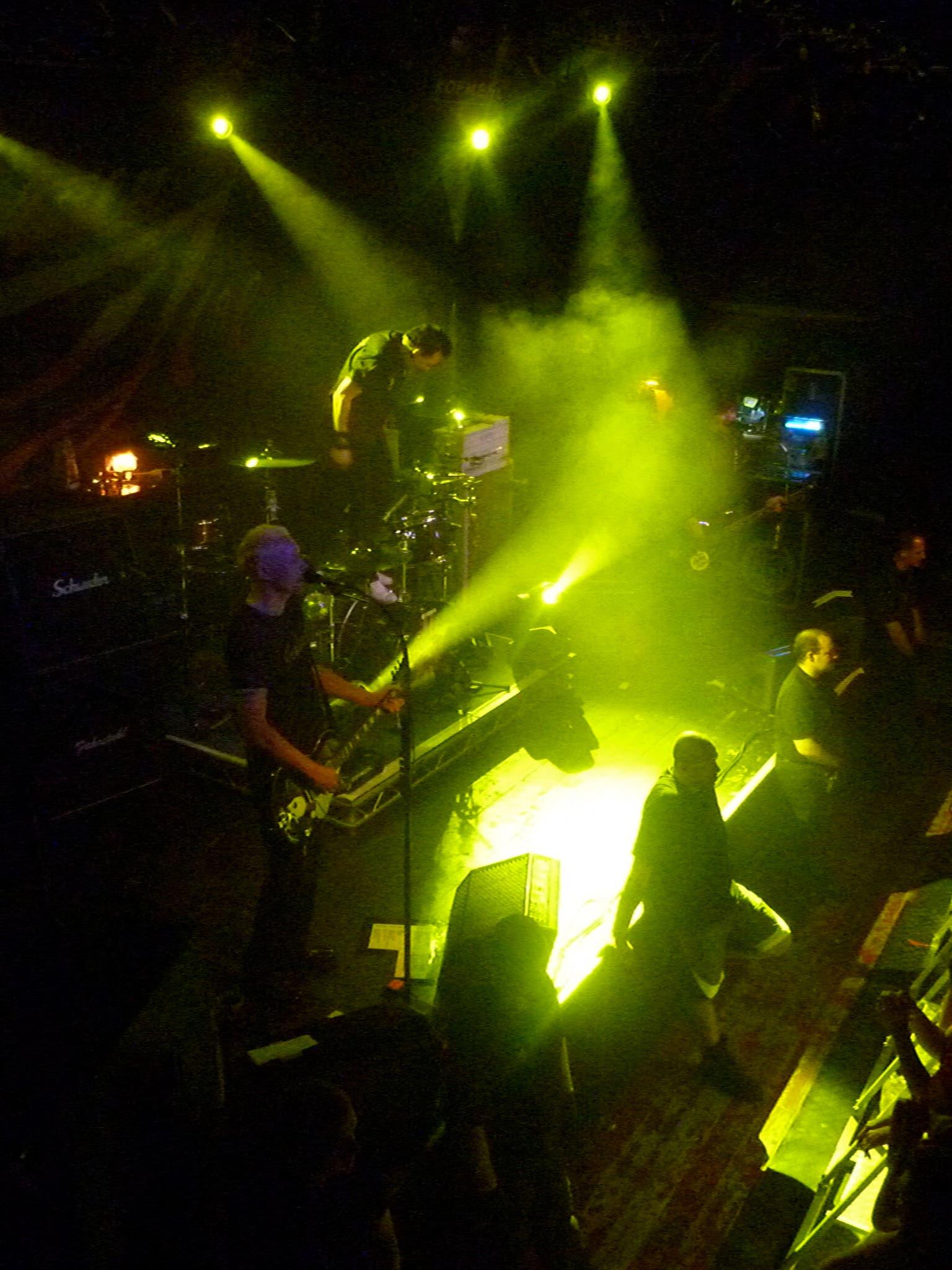 Laternen Joe bei ihrem Auftritt in der Kulturfabrik Kofmehl (Fotos: Simon Mössinger)