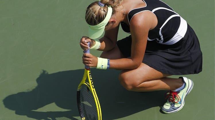 Tennisprofi bricht an den US Open auf dem Platz zusammen