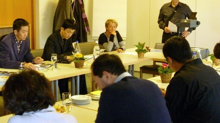 Kaderleute aus China im Altersheim Weinberg