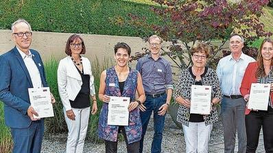 Benevol zeichnet Freiwilligenarbeit aus: Seniorentheater St. Johannes Zug macht das Rennen