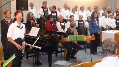 Auftritt von Männer- und Trachtenchor Spreitenbach