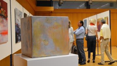 12 Künstler stellen ihre Kunstwerke in der Bauschule vor