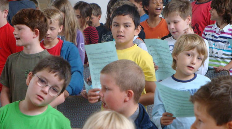 Die Schule Egliswil besucht eine Probe des Aargauer Symphonie Orchesters