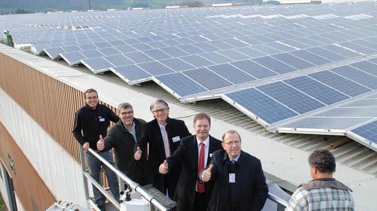 Für die Solaranlage gingen Politiker in die Luft