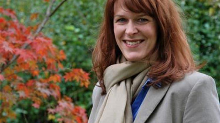 Astrid Steiner ist die Zeremonienleiterin bei Freud und Leid