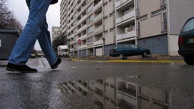 Wie lebt man in den französischen Banlieues mit einer Schreckenstat?