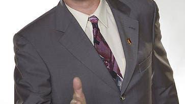 Das ist der Mann, der den SVPler Erich Hess vorführte