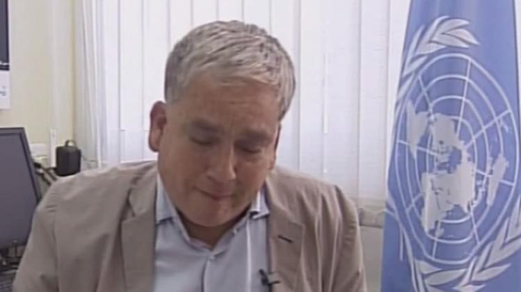 Uno-Sprecher bricht während Interview in Tränen aus