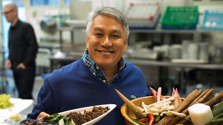 Malaysisches Kochteam bereitet sich in Geroldswil auf das WEF vor