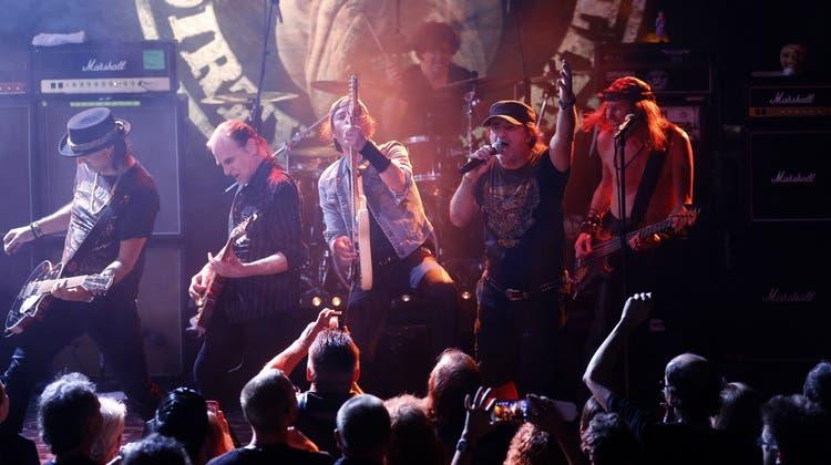 Der Krokus'sche Rock-«Dög» hat in die Nacht hinaus geheult