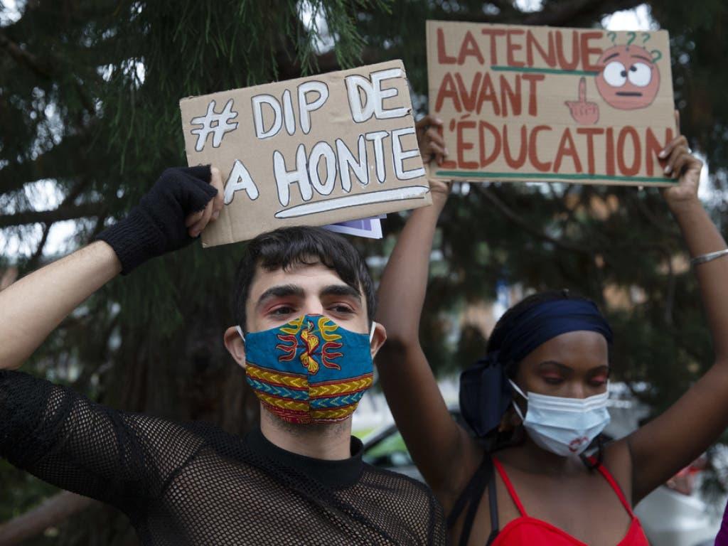 Mädchen seien von den Kleidervorschriften stärken betroffen als Knaben, monieren die Protestierenden.