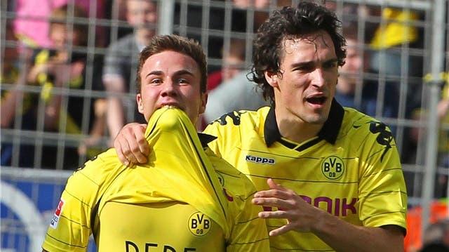 Mats Hummels und Mario Götze drücken ihren Brüdern die Daumen gegen Basel