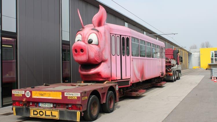 Das rosa BLT-«Säuli» zieht nach Stuttgart ins Museum