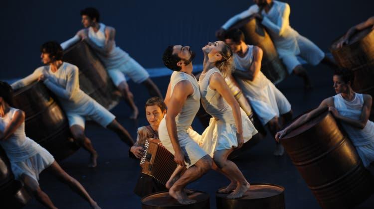 Beim Orpheus-Mythos des Aterballetto prallen Extreme aufeinander