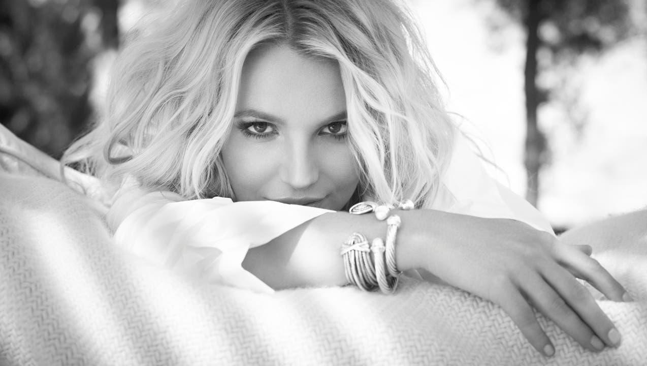 Wie die Schlümpfe auf Drogen: Britney Spears macht wieder Musik