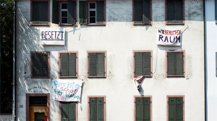 Polizei räumt besetztes Haus - doch Besetzer sind längst weg