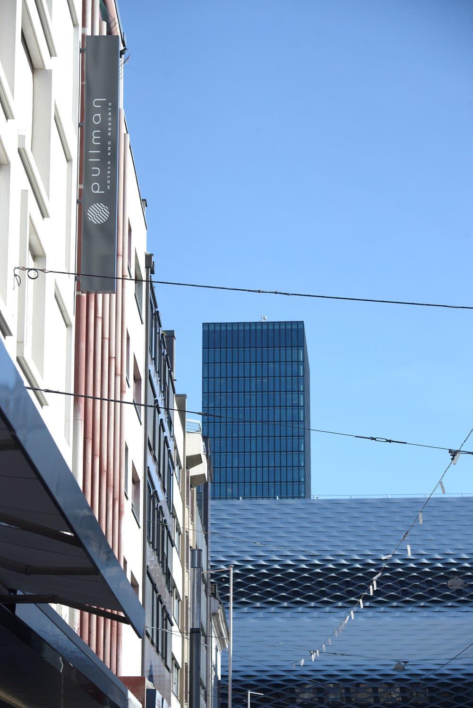 Das Premiumhotel trägt neu den Namen Pullman und ist der erste Ableger der Hotel-Kette in der Schweiz.