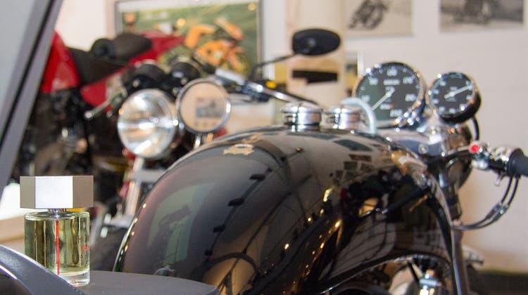 Motorradtechnik und die Welt der Düfte treffen aufeinander