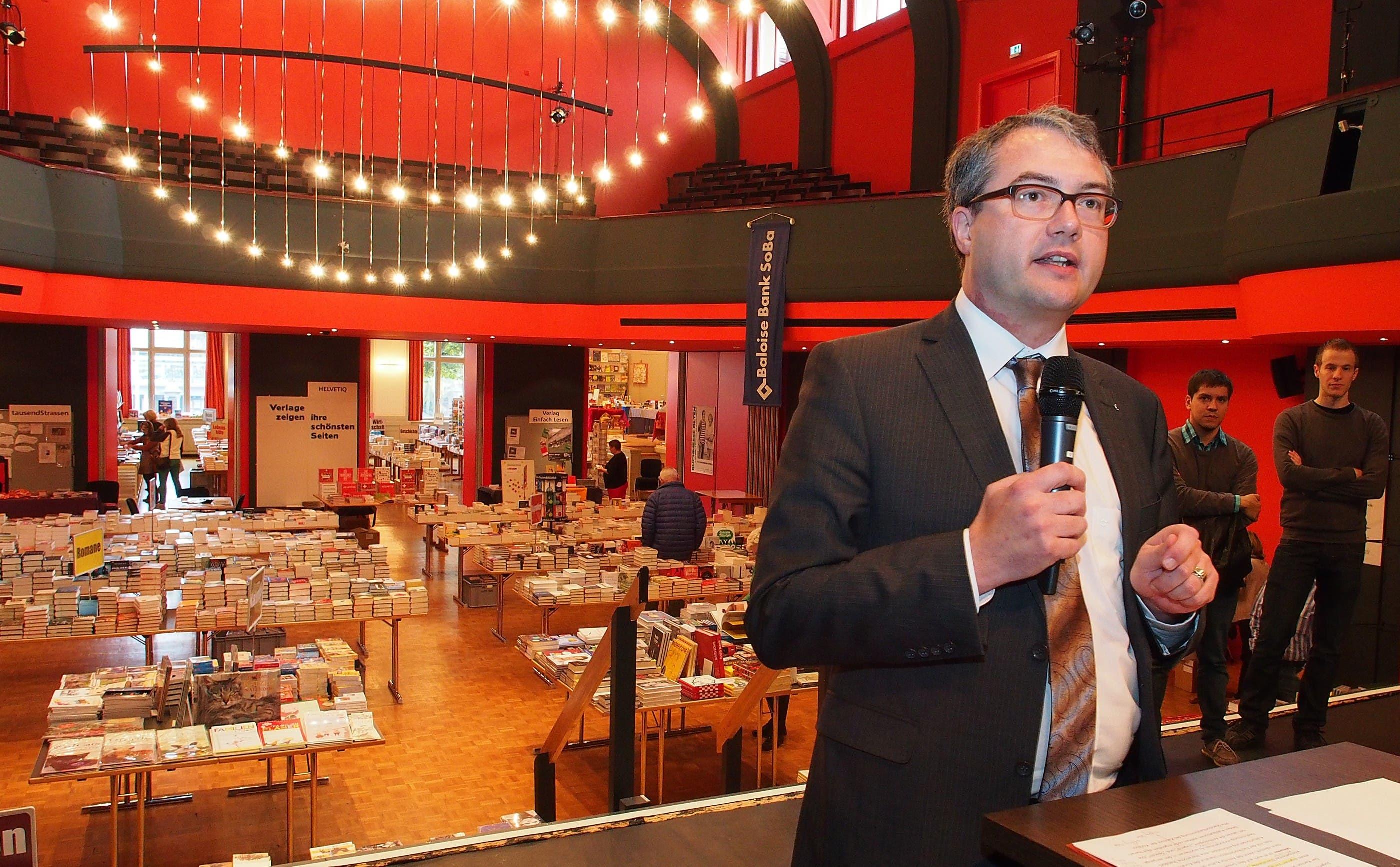 Remo Ankli eröffnet die Buchmesse Olten 2013