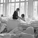 Bundesrat entschuldigt sich zu spät bei Verdingkindern