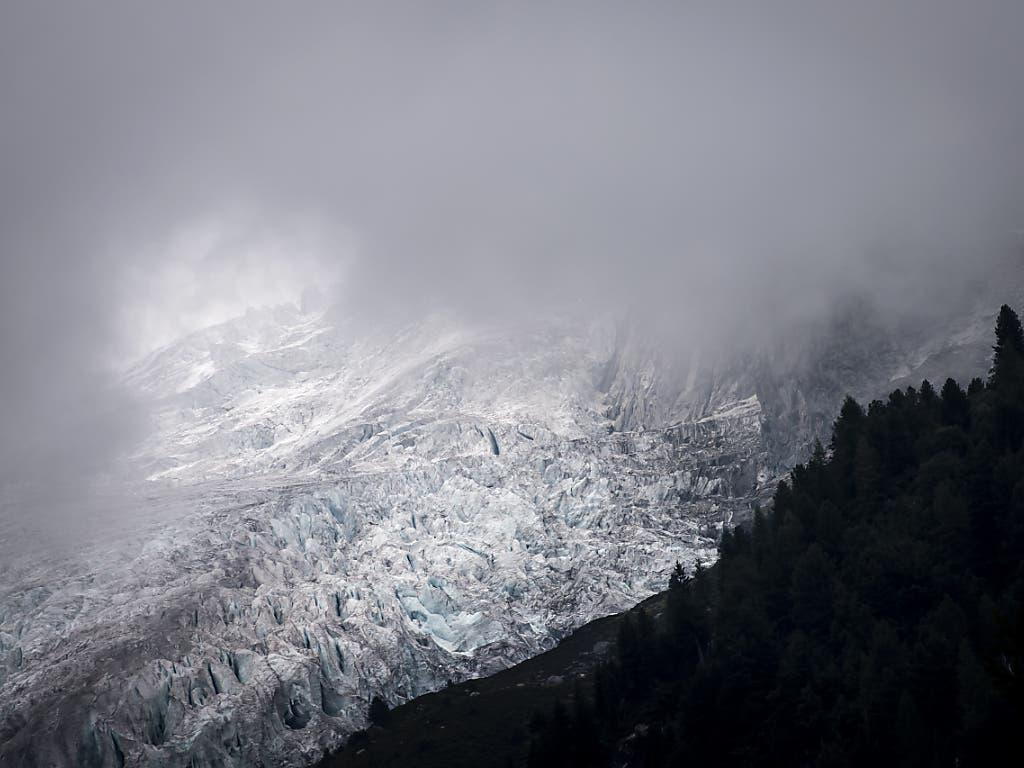 Blick auf den Trient-Gletscher, der innerhalb von 30 Jahren mehr als 1000 Meter verloren hat.